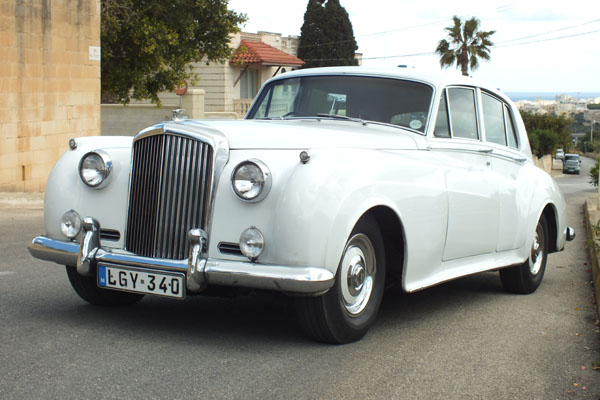 daimler-wedding-cars-malta