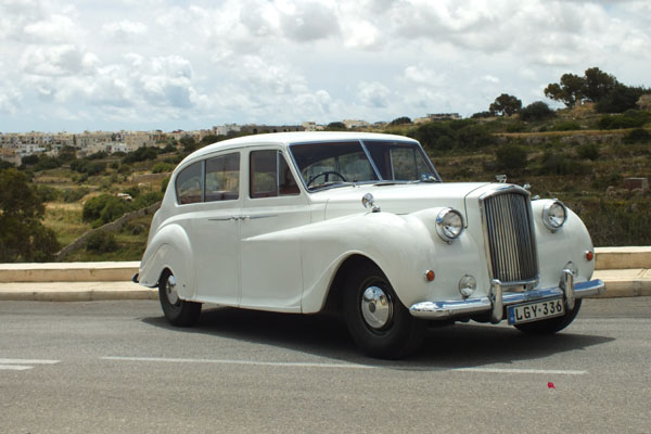 white-princess-wedding-cars-malta